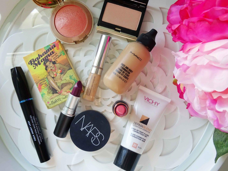 Minimal summer makeup